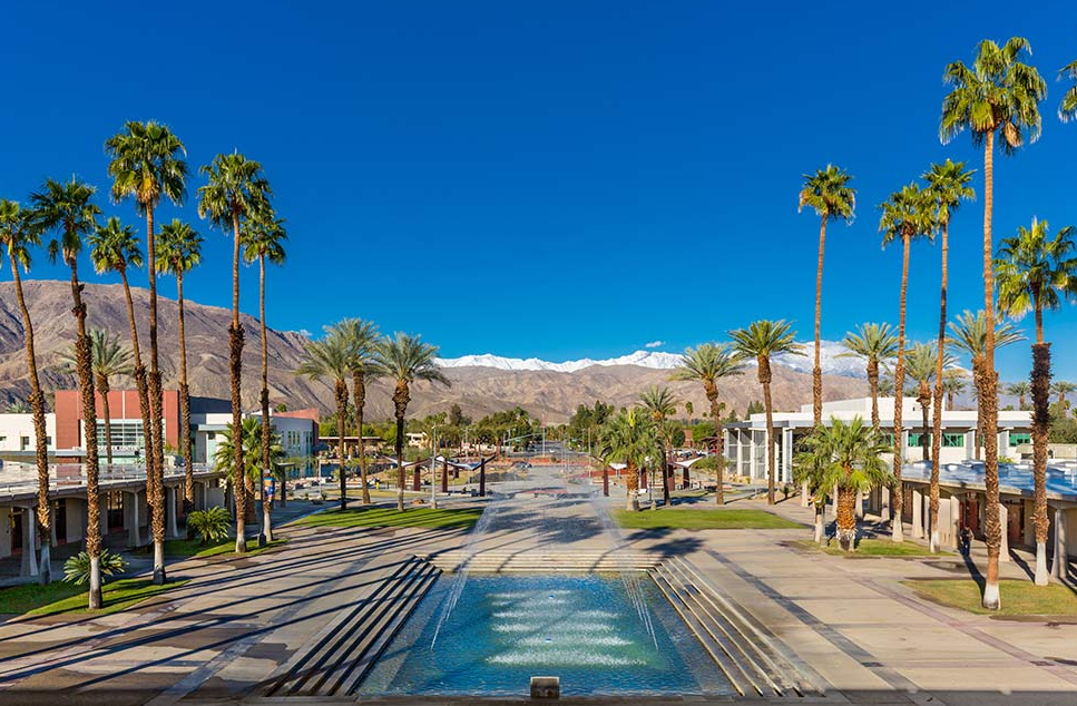 college of the desert is located in palm desert